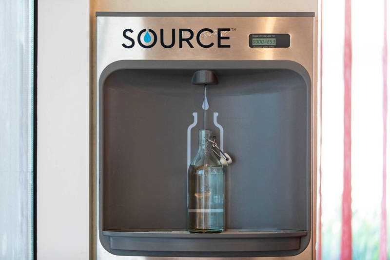 A new research technique in the water industry can produce a steady stream of pure drinking water in the middle of the desert, requiring only sunlight and air. (Bloomberg)